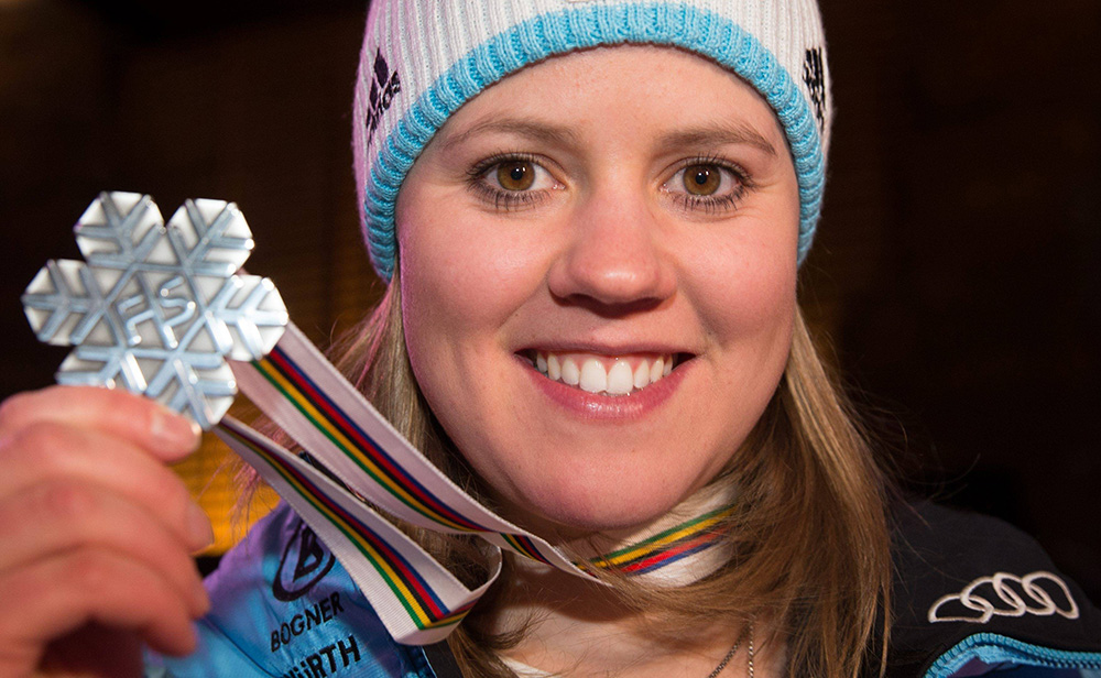 12.02.2015, Solaris Placa, Vail, USA, FIS Weltmeisterschaften Ski Alpin, Damen, Riesenslalom, Fototermin In Der Audi Lounge, Im Bild Viktoria Rebensburg (GER, 2. Platz) // Second Placed Viktoria Rebensburg Of Germany During A Photocall After Ladie S Giant Slalom Of FIS Ski World Championships 2015 Held At The Audi Lounge In Vail, United States On 2015/02/12. PUBLICATIONxNOTxINxAUT EX_GRO  12 02 2015  Placa Vail USA FIS World Championships Ski Alpine Women Giant Slalom Photo Call In The Audi Lounge In Picture Viktoria Vine Castle Ger 2 Square Second Placed Viktoria Vine Castle Of Germany During A Photo Call After Ladie S Giant Slalom Of FIS Ski World Championships 2015 Hero AT The Audi Lounge In Vail United States ON 2015 02 12 PUBLICATIONxNOTxINxAUT