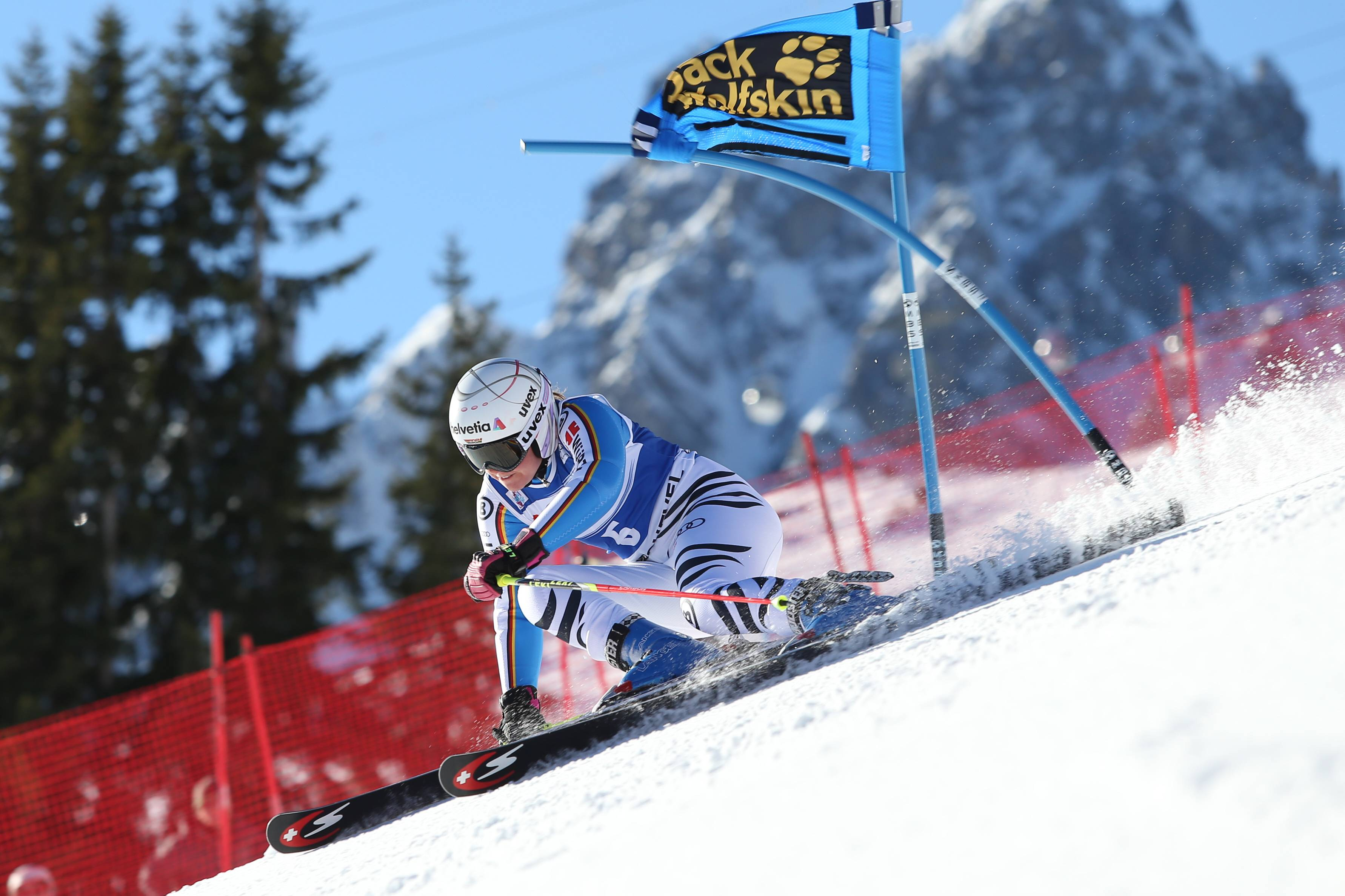 Ski Alpin, WC In Courchevel, Damen Riesenslalom ALPINE SKIING - FIS WC Courchevel COURCHEVEL,FRANCE,20.DEC.15 - ALPINE SKIING - FIS World Cup, Giant Slalom, Ladies. Image Shows Viktoria Rebensburg (GER). Keywords: Stoeckli. PUBLICATIONxINxGERxHUNxONLY GEPAxpictures/xMathiasxMandl  Ski Alpine WC In Courchevel Women Giant Slalom Alpine Skiing FIS WC Courchevel Courchevel France 20 DEC 15 Alpine Skiing FIS World Cup Giant Slalom Ladies Image Shows Viktoria Vine Castle Ger Keywords Stoeckli PUBLICATIONxINxGERxHUNxONLY GEPAxpictures XMathiasxMandl